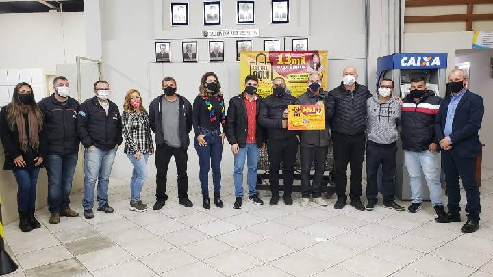 Balneário Arroio do Silva lança campanha para incentivar a compra no comércio local