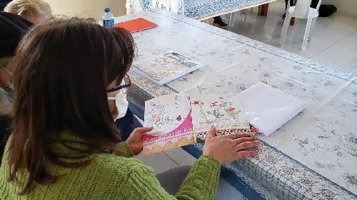 """Clubes de Mães começam a receber kits para o projeto """"Bordando a nossa história"""""""
