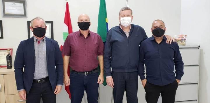 Secretário de Estado marca presença em Balneário Arroio do Silva